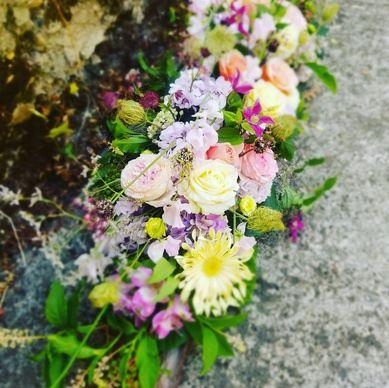 Compositions florales pour des obsèques à Moissac