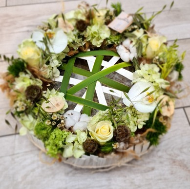 Compositions florales pour des obsèques à Castelsarrasin